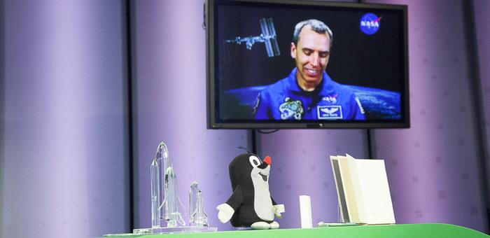 Krtek – astronaut v médiích